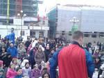 Piazza Duomo si riempie per il Carnevale aquilano