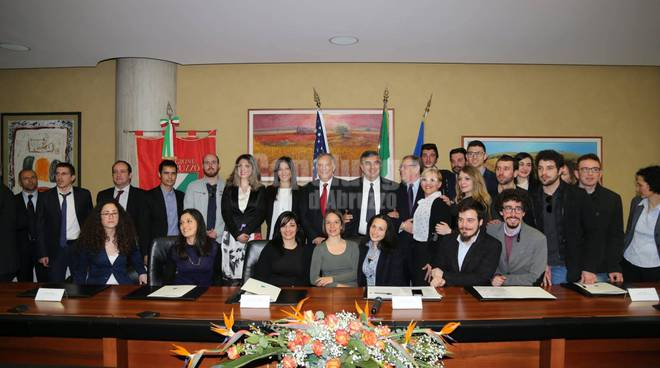 Ambasciatore USA Phillips all'Aquila