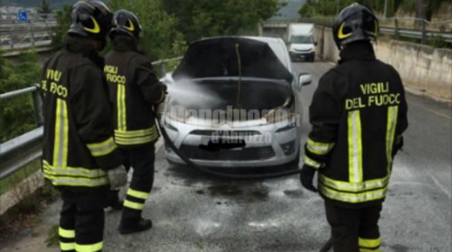 incendio auto ss17
