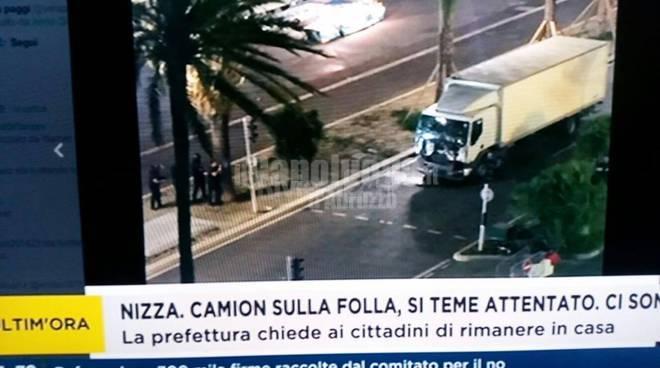 Strage a Nizza, camion sulla folla: oltre 80 morti