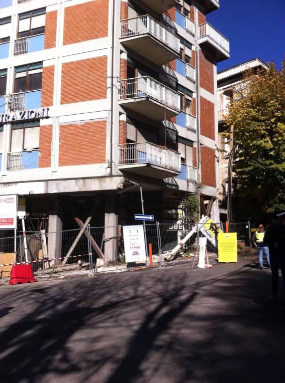 palazzo distributore, benzinaio villa, via xx settembre, danni terremoto