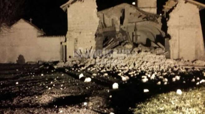 terremoto 26 ottobre visso castelsantangelo sul nora