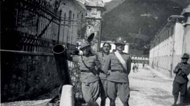 alpini a tolmino, slovenia: foto d'epoca