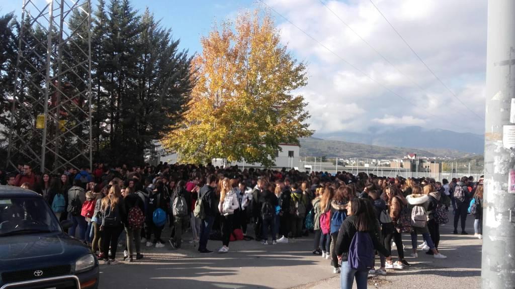Cotugno manifestazione scuola sicura