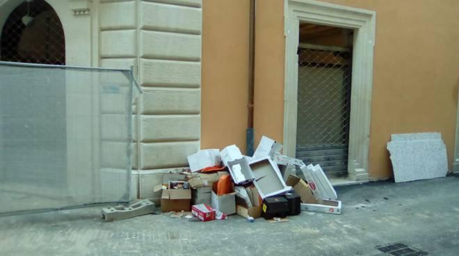 discarica palazzo fibbioni