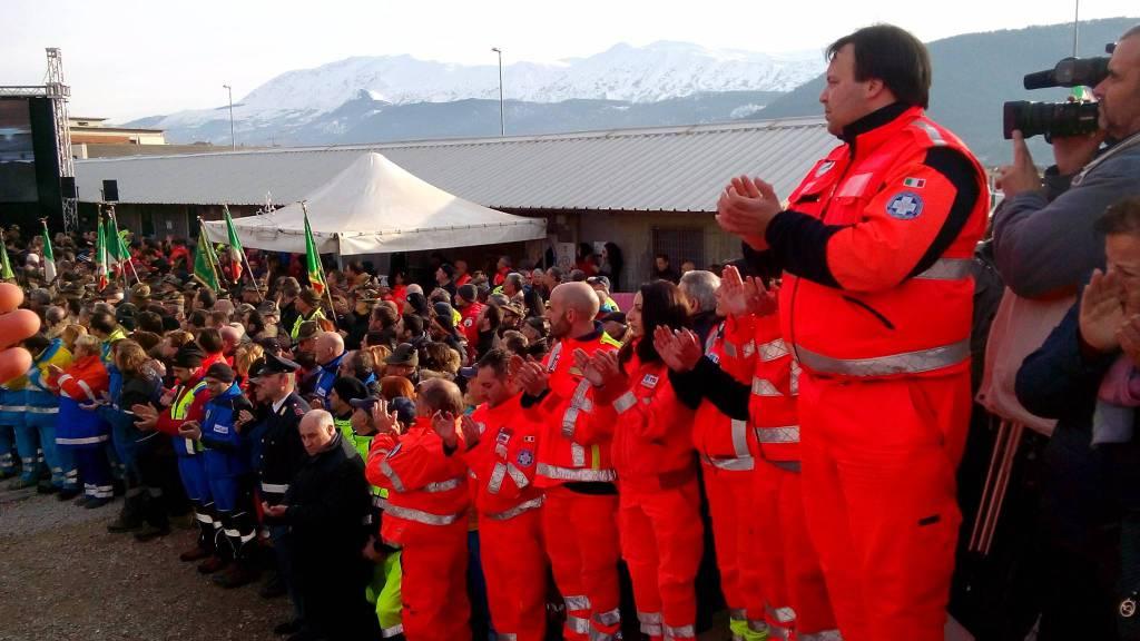 funerali a piazza d'armi delle vittime dell'elisoccorso del 118 caduto a campo felice