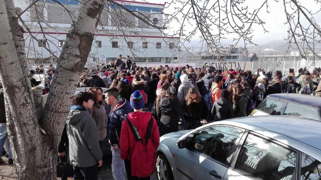 manifestazione sicuri da morire sicurezza scuole