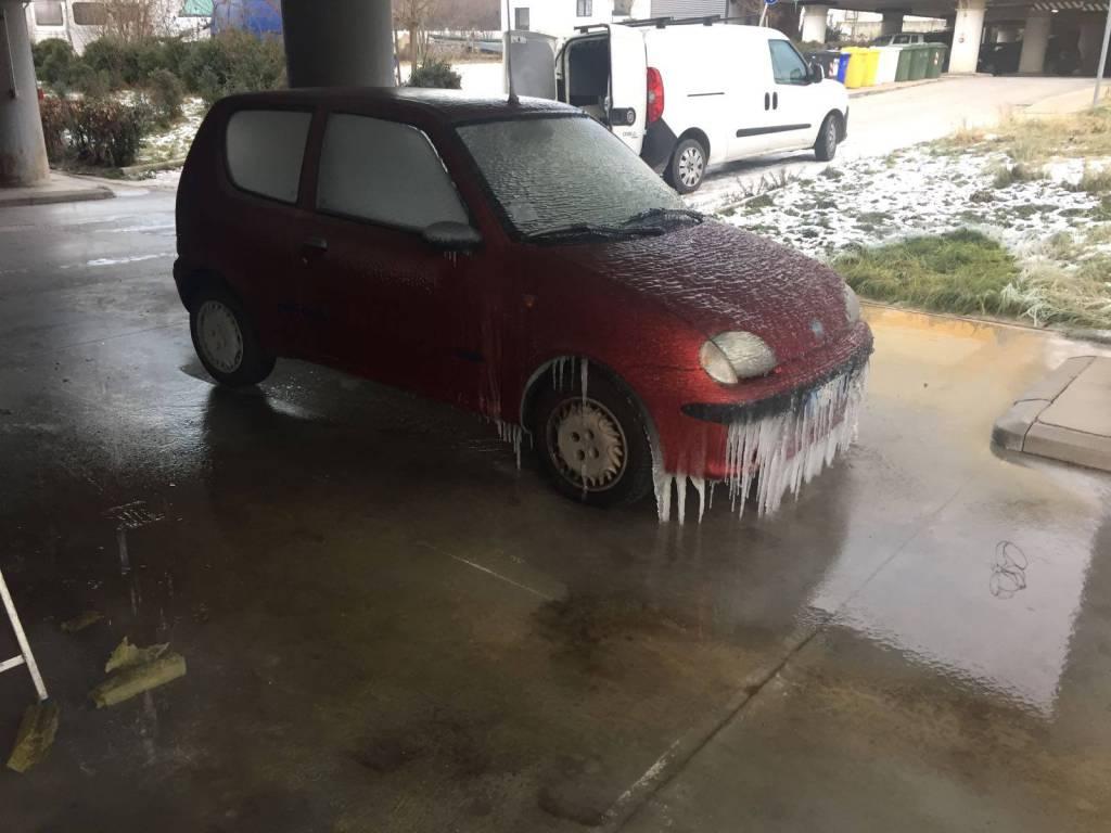 parcheggio progetto case sassa : ghiaccio