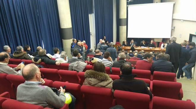 Terremoto, a L'Aquila un corteo contro le tasse: