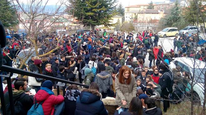 manifestazione scuole sicurezza