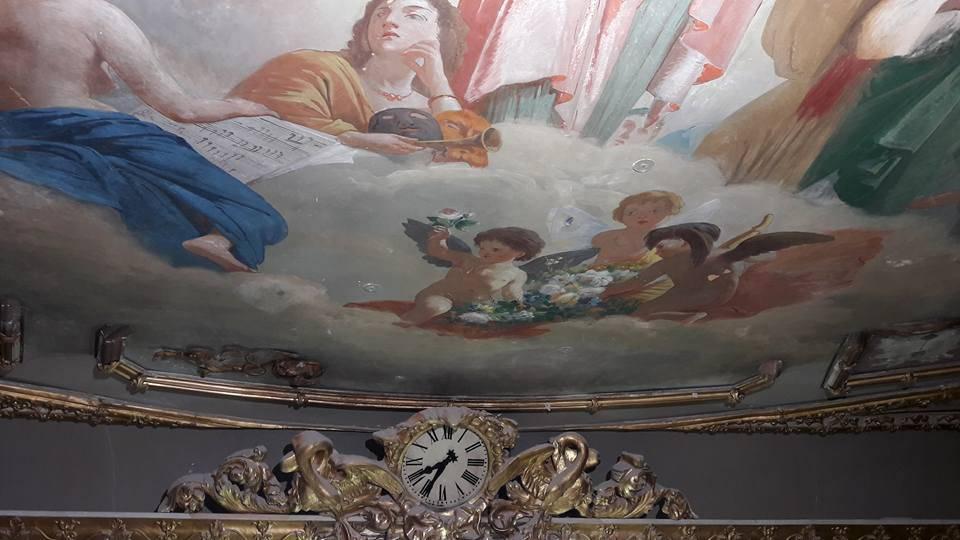 Affreschi teatro comunale: restauro