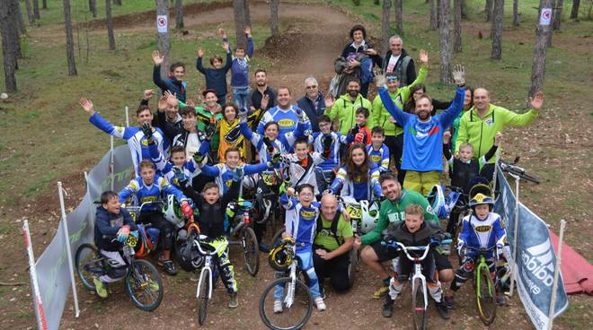 avezzano cycling team: ciclismo