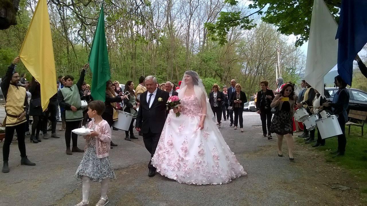Auguri Matrimonio Non Presenti : Sassa un matrimonio dal fascino medievale il capoluogo
