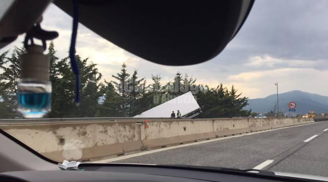 Tragico scontro sull'A24 tra Castel Madama e Vicovaro, niente da