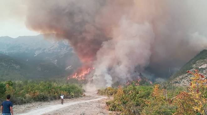 incendio sulmona bagnaturo