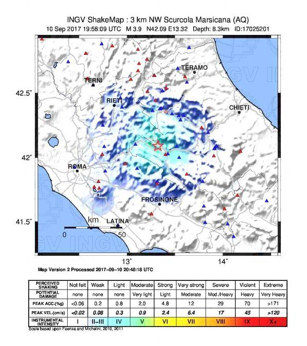 Forte scossa in Centro Italia: magnitudo 3.9 vicino Avezzano