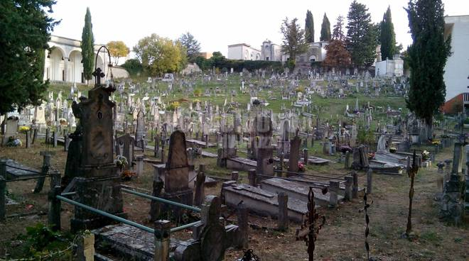 cimitero monumentale l'aquila