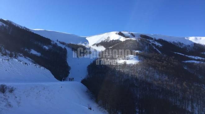 Abruzzo, slavina a Campo Felice: soccorsi sulla pista Aquile