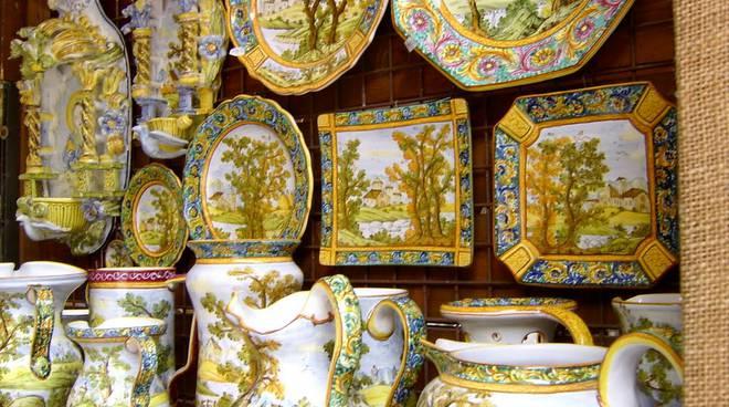 Gallery of storia fratantoni ceramiche - Ceramiche Castelli Prezzi ...