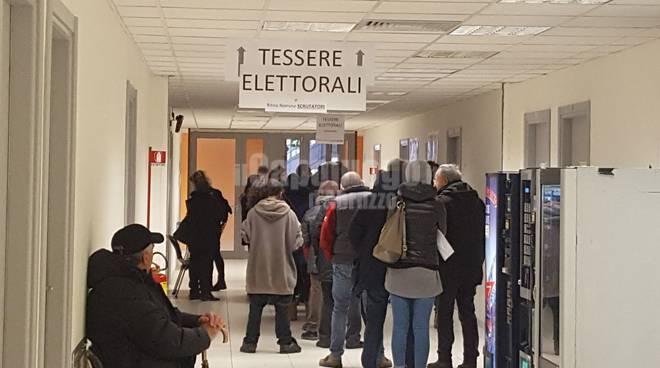 fila ufficio elettorale