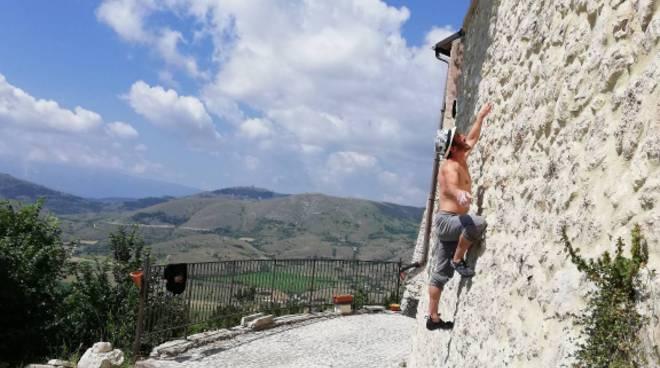 arrampicata castel del monte