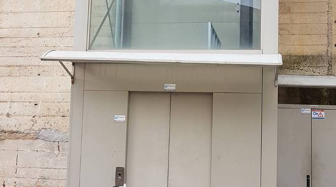 ascensore cup rotto