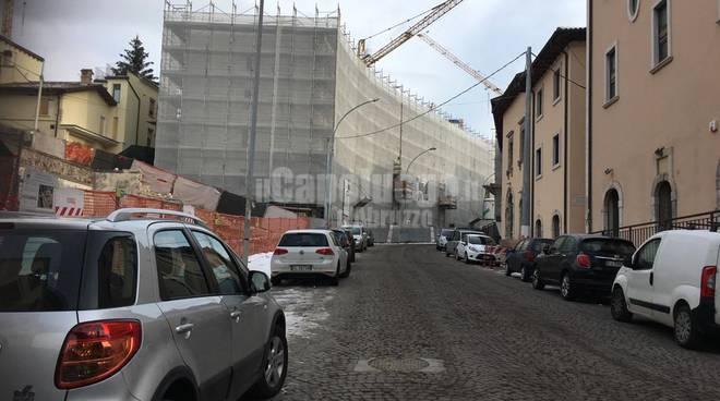 Via Sallustio, il cantiere in salita