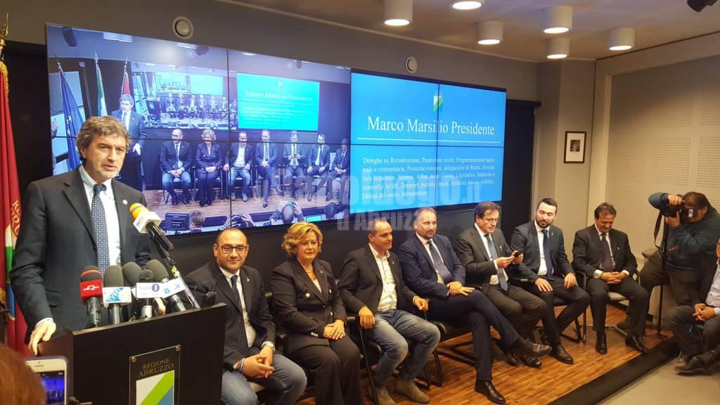 marsilio presenta assessori regione abruzzo