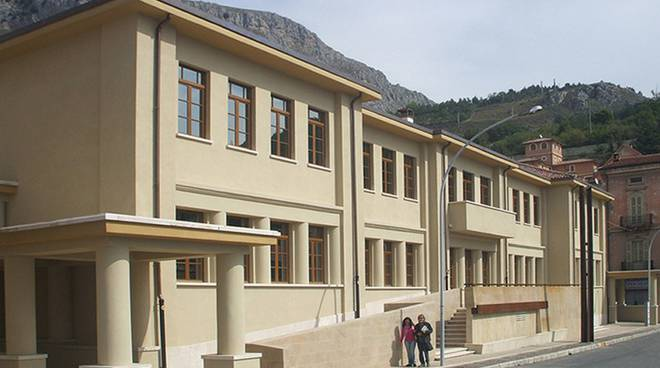 sede istituto tecnico turismo celano