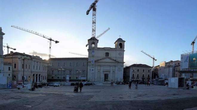 Centro storico l'aquila gente