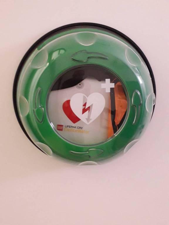 defibrillatore in centro storico l'aquila