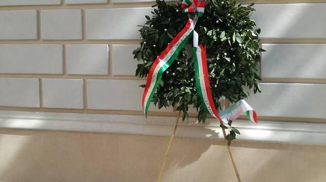 piazza IX martiri 9 martiri nove martiri aquilani 25 aprile liberazione