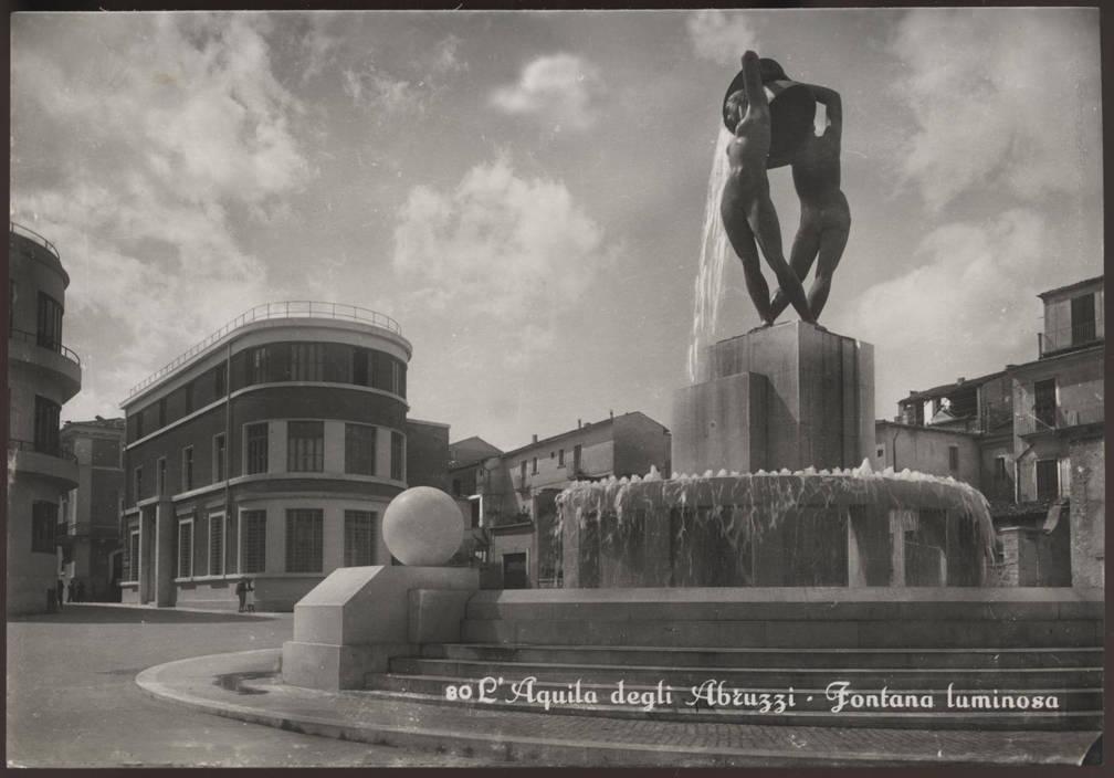 cartolina Fontana Luminosa