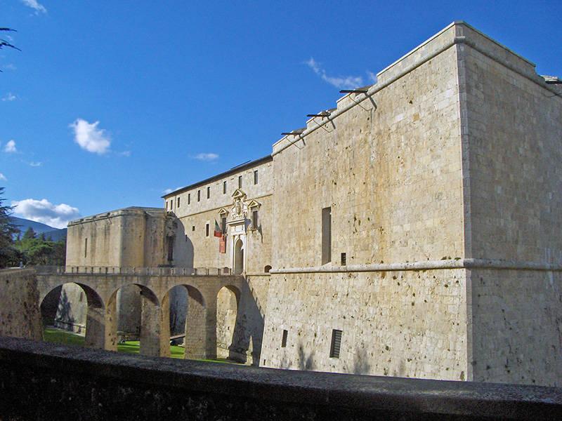 castello l'aquila forte spagnolo