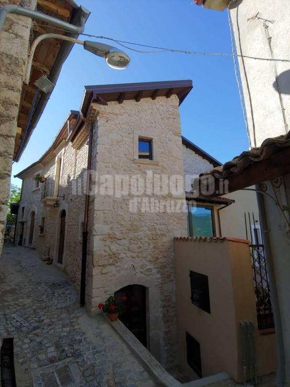 https://www.ilcapoluogo.it/photogallery_new/images/2019/07/albergo-diffuso-fagnano-88395.jpg