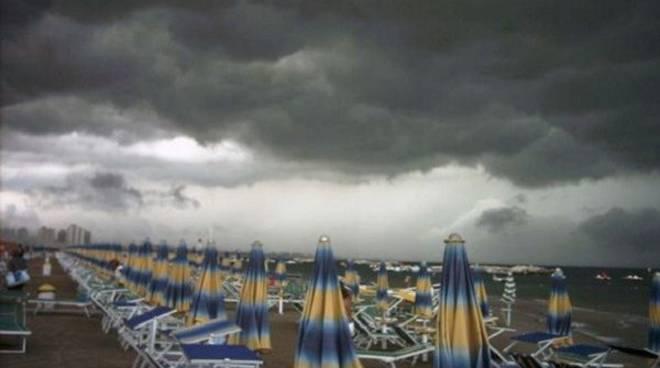 temporale estivo mare