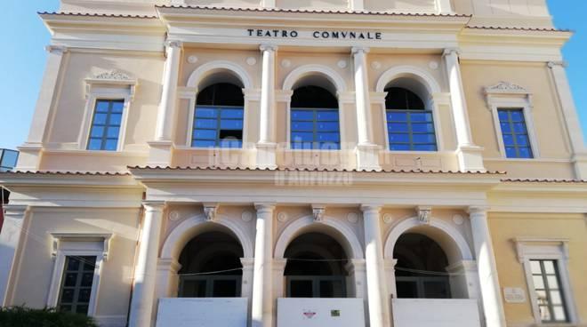 teatro comunale senza impalcature luglio 2019