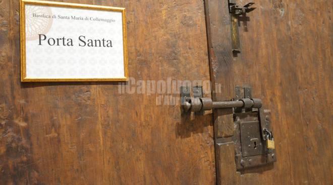 collemaggio porta santa chiusa
