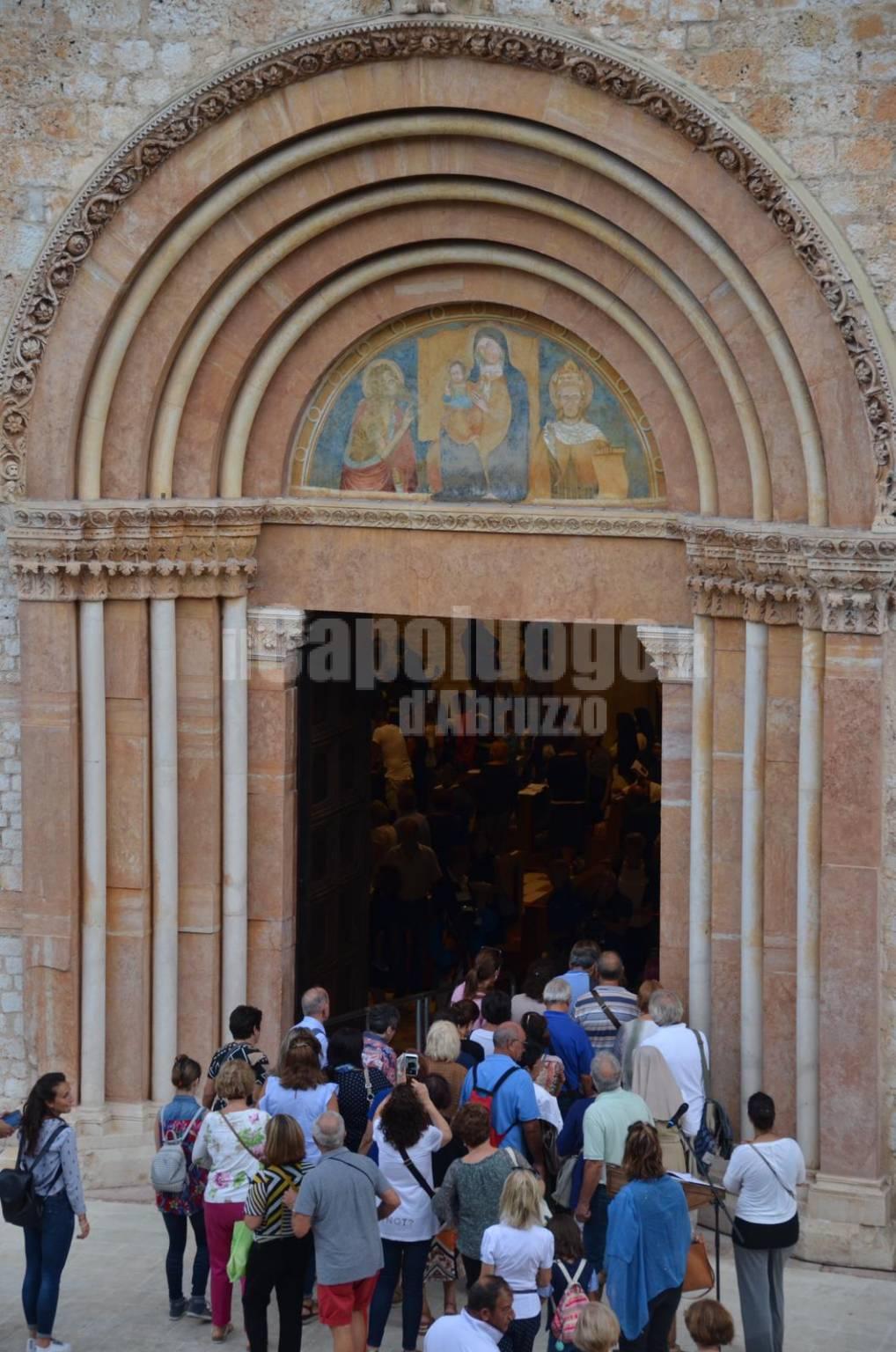 porta santa aperta