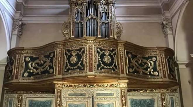 navelli chiesa madonna di pompei organo