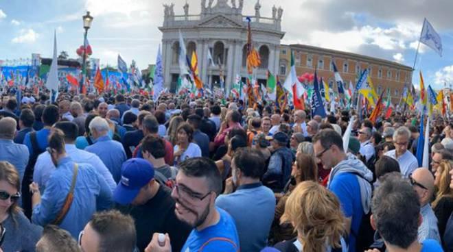 Lega Abruzzo piazza san Giovanni