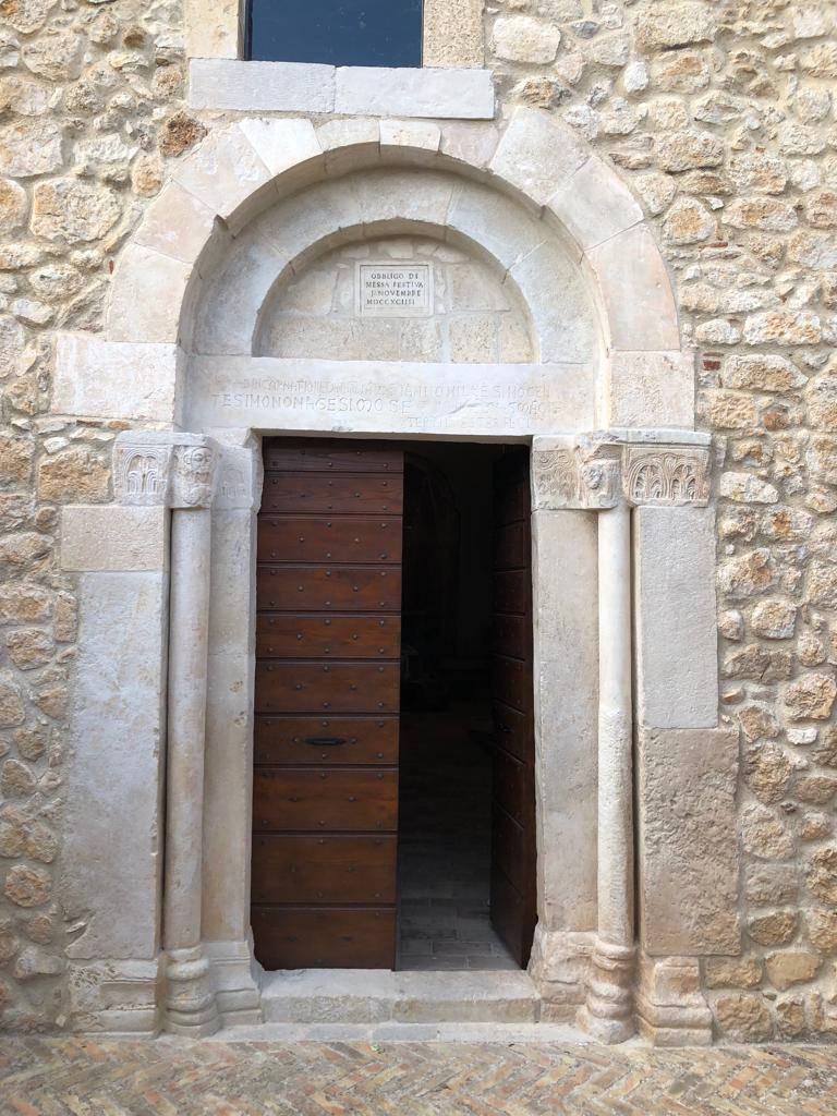 ofena san pietro in cryptis