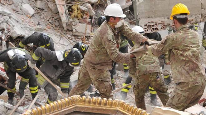 soccorsi terremoto l'aquila