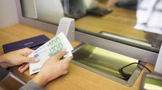 tasse sportello bancario