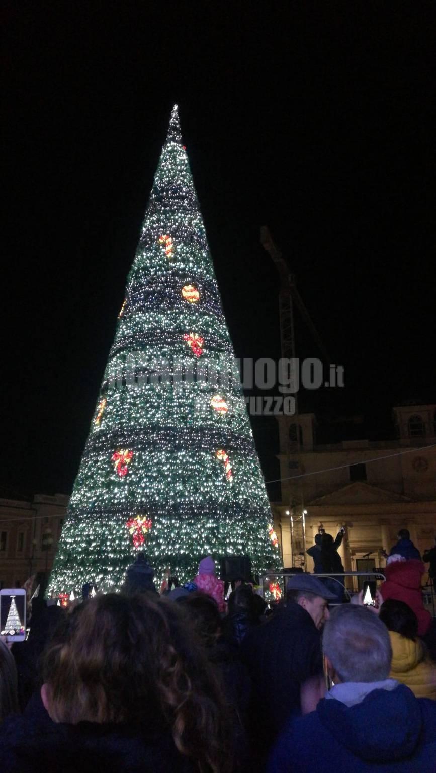 albero natale 30 metri