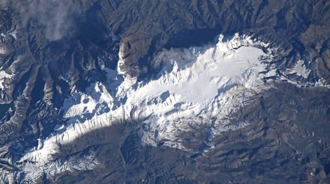 gran sasso dallo spazio Parmitano