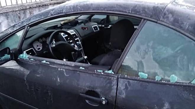 auto danneggiata avezzano