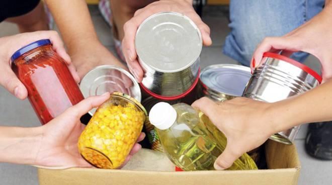 raccolta beni prima necessità