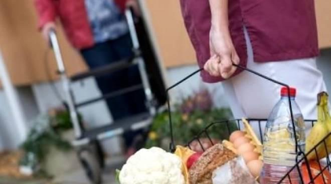 cibo e medicine a domicilio