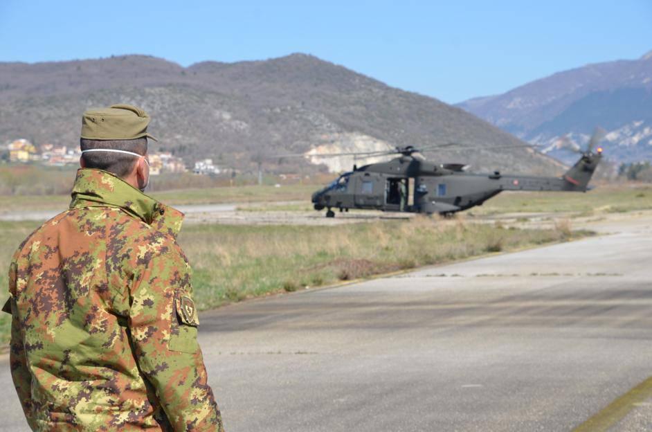 esercito coronavirus elicottero